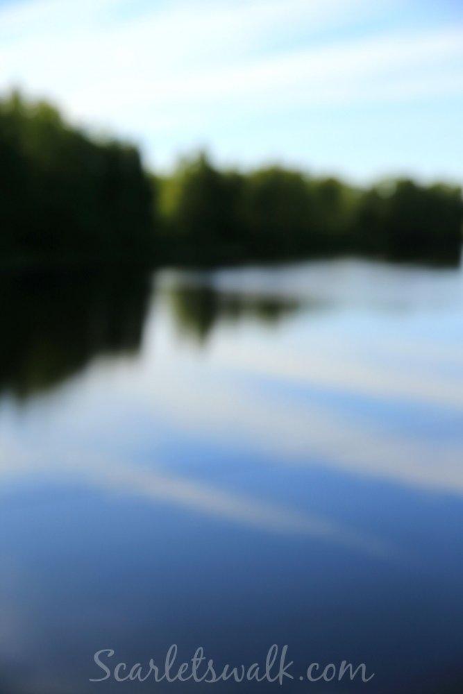 riippusilta joki