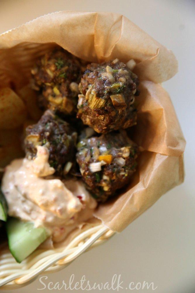 vietnamilaiset lihapullat dippi