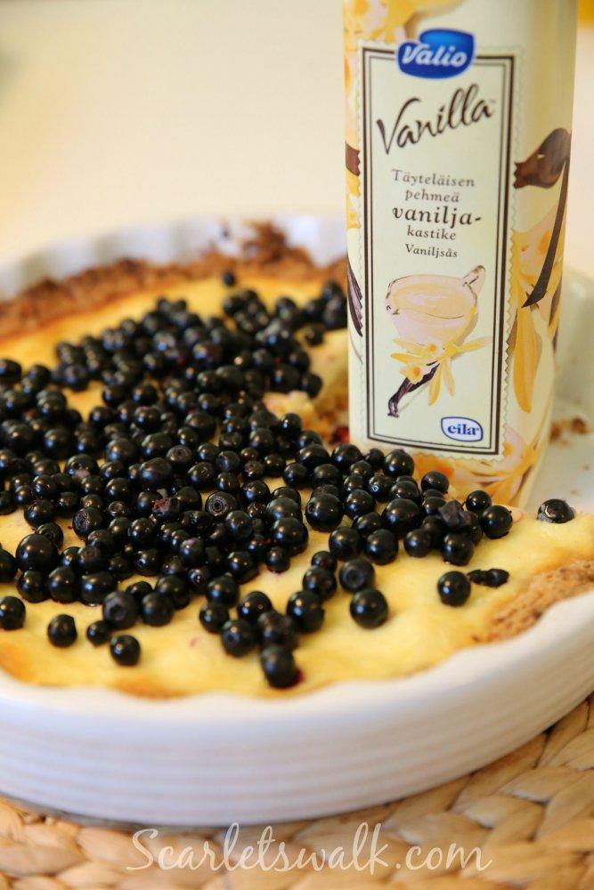 mustikka rahka piiras valio vaniljakastike