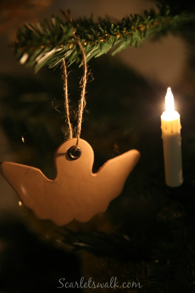 Gedigo joulukuusenkoriste nahka
