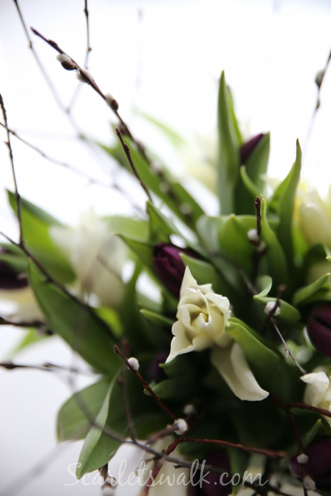 valkoinen kukkakimppu